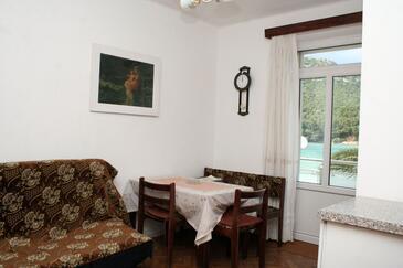 Žuljana, Dining room in the apartment, WIFI.