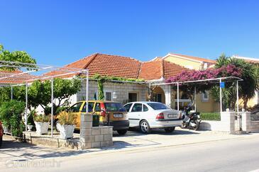 Orebić, Pelješac, Объект 4580 - Апартаменты с галечным пляжем.