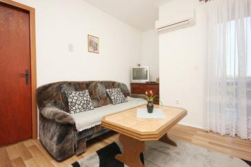 Orebić, Wohnzimmer in folgender Unterkunftsart apartment, dostupna klima i WIFI.