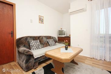 Living room    - A-4582-a