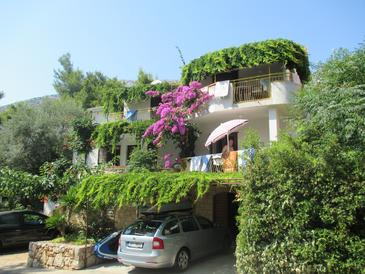 Ivan Dolac, Hvar, Property 4584 - Apartments near sea with pebble beach.