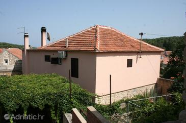 Vrboska, Hvar, Property 4600 - Rooms near sea with pebble beach.