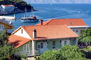 Apartments and rooms by the sea Jelsa, Hvar - 4602