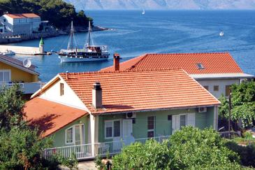 Jelsa, Hvar, Property 4602 - Apartments and Rooms near sea with pebble beach.