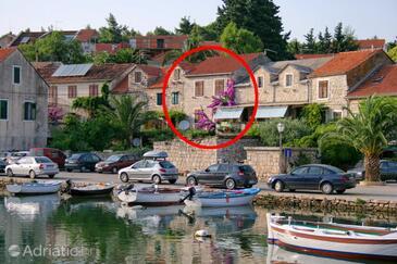 Vrboska, Hvar, Property 4605 - Vacation Rentals near sea with pebble beach.