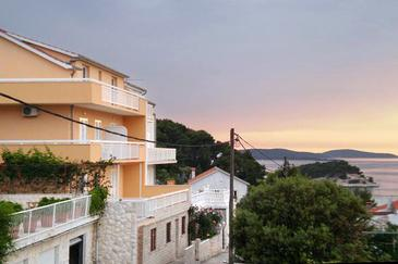 Hvar, Hvar, Property 4607 - Apartments with pebble beach.