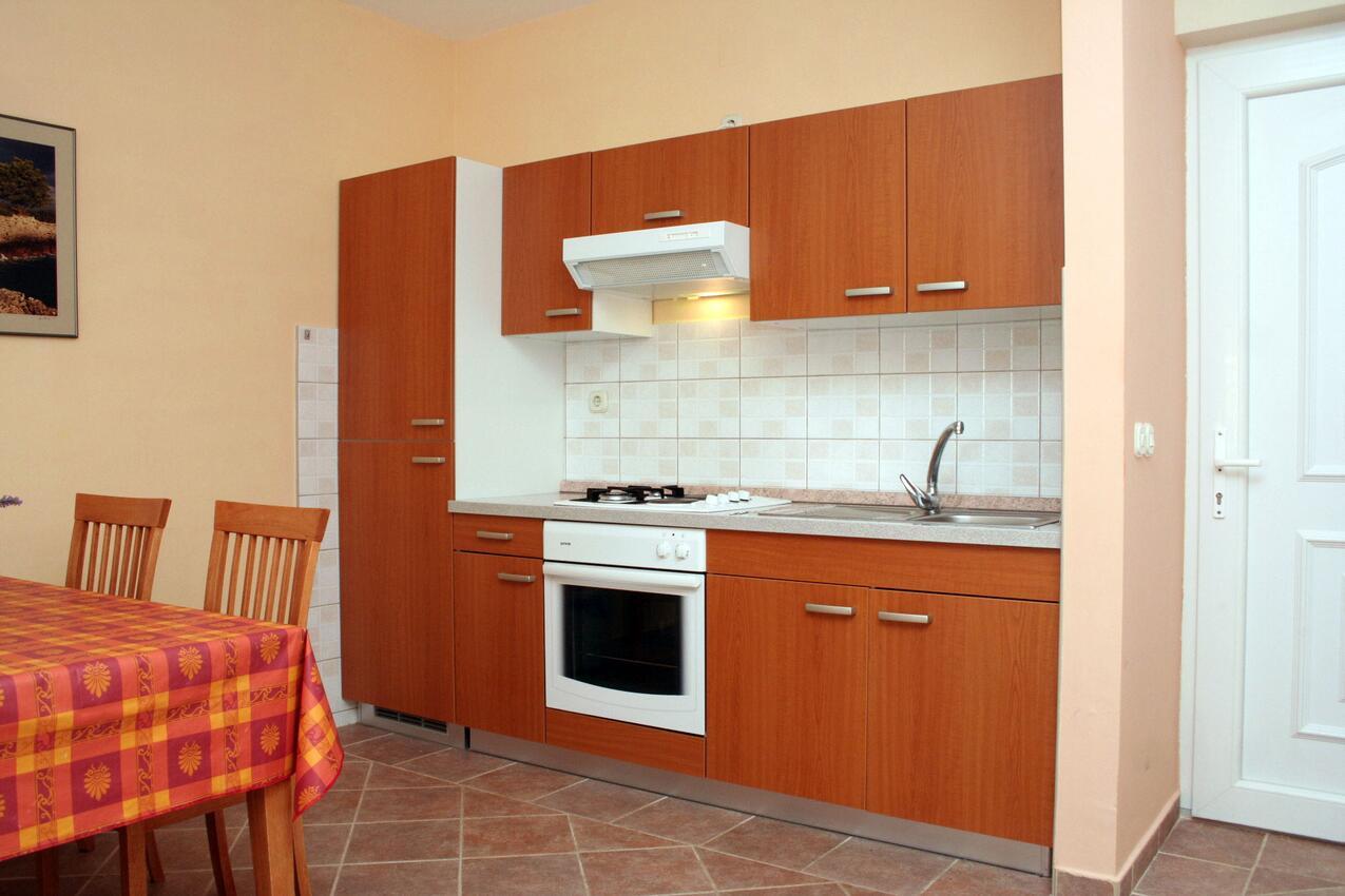 Ferienwohnung im Ort Jelsa (Hvar), Kapazität 2+2 (1013654), Jelsa (HR), Insel Hvar, Dalmatien, Kroatien, Bild 4