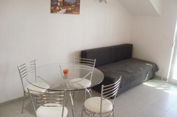 Sveta Nedilja, Dining room in the apartment, air condition available and WiFi.
