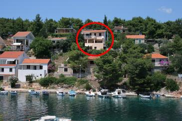 Basina, Hvar, Property 4620 - Apartments near sea with pebble beach.