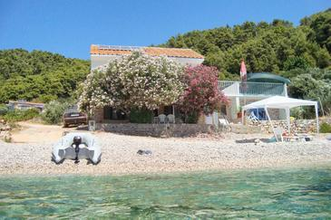 Skozanje, Hvar, Property 4624 - Apartments near sea with pebble beach.