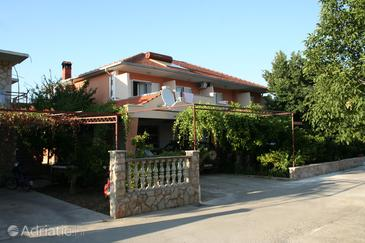 Jelsa, Hvar, Property 4628 - Apartments with pebble beach.