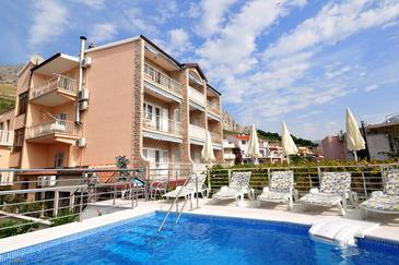 Duće, Omiš, Property 4632 - Apartments and Rooms with sandy beach.
