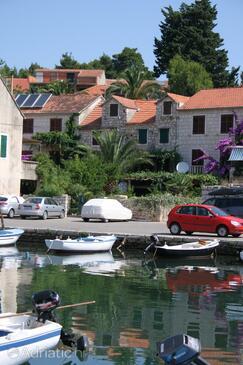 Vrboska, Hvar, Property 4638 - Vacation Rentals near sea with pebble beach.