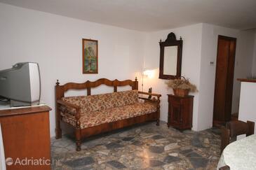 Vrboska, Living room in the house, dopusteni kucni ljubimci.