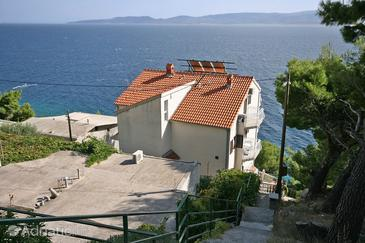 Mimice, Omiš, Property 4645 - Apartments by the sea.