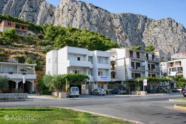 Omiš, Omiš, Property 4654 - Apartments with sandy beach.