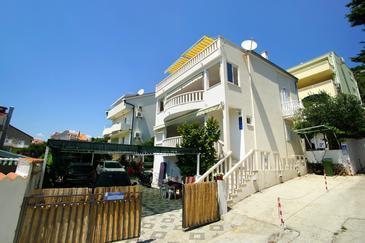 Promajna, Makarska, Property 4671 - Apartments with pebble beach.