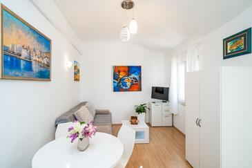 Dubrovnik, Obývací pokoj v ubytování typu apartment, s klimatizací a WiFi.