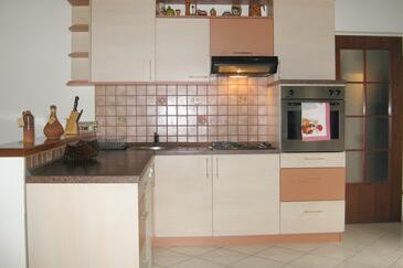 Kuchyně    - A-470-b