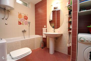 Bathroom    - K-4714