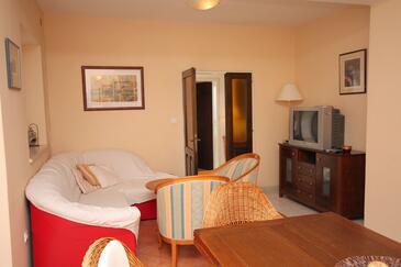 Lozica, Pokój dzienny w zakwaterowaniu typu apartment, dostupna klima i WIFI.
