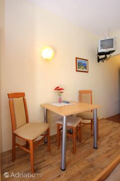 Cavtat, Jídelna v ubytování typu studio-apartment, WiFi.