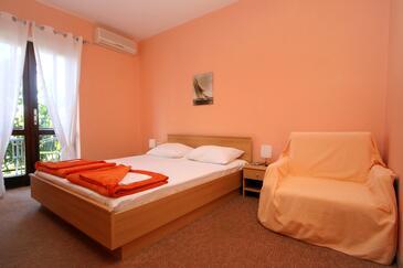 Cavtat, Sypialnia w zakwaterowaniu typu room, dostupna klima i WIFI.
