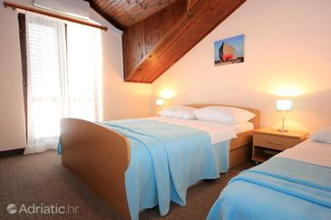Cavtat, Bedroom in the room, air condition available and WiFi.