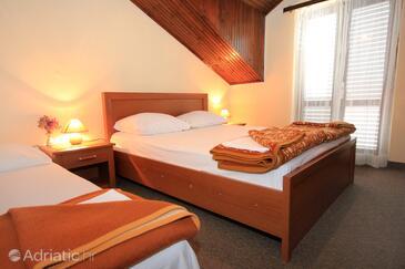 Cavtat, Spavaća soba u smještaju tipa room, dostupna klima i WiFi.