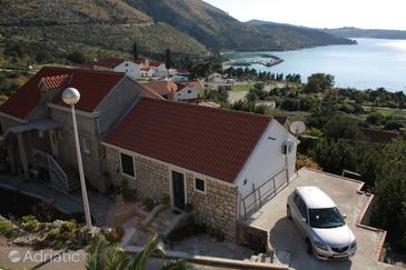 Plat, Dubrovnik, Property 4737 - Apartments with pebble beach.