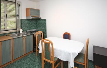 Slano, Dining room in the apartment, dostupna klima i WIFI.
