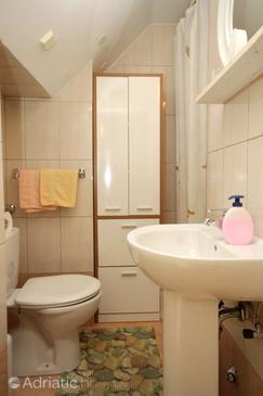 Bathroom 2   - A-4746-a