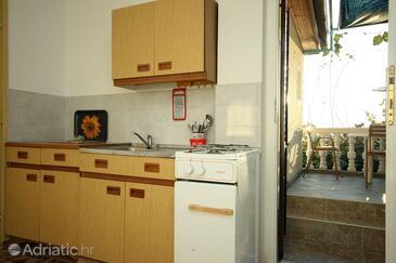 Podaca, Kitchen in the apartment.