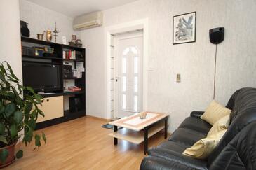 Dubrovnik, Obývací pokoj v ubytování typu apartment, s klimatizací, domácí mazlíčci povoleni a WiFi.