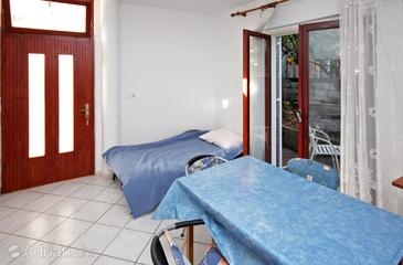 Srebreno, Dining room in the apartment, WIFI.