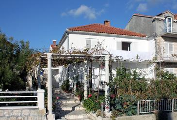Srebreno, Dubrovnik, Property 4763 - Apartments and Rooms with pebble beach.