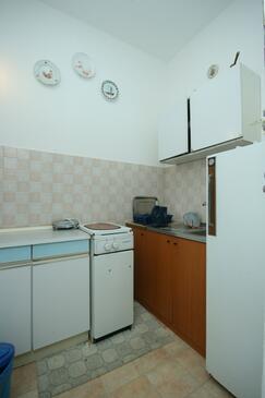 Plat, Kitchen in the apartment, dopusteni kucni ljubimci i WIFI.