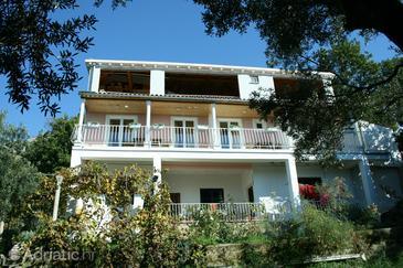 Plat, Dubrovnik, Property 4769 - Apartments with pebble beach.
