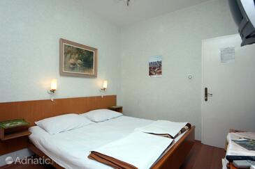 Mlini, Bedroom in the room, dopusteni kucni ljubimci i WIFI.