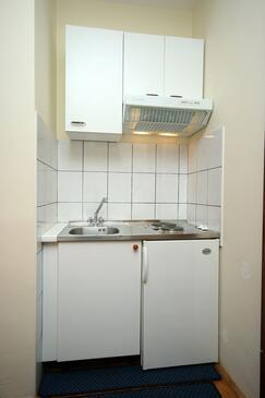 Podgora, Kuchyňa v ubytovacej jednotke studio-apartment, WIFI.