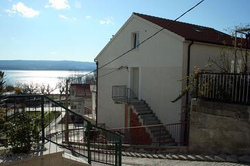 Duće, Omiš, Obiekt 4796 - Apartamenty przy morzu z piaszczystą plażą.