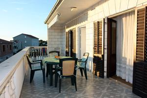 Apartments with a parking space Rogoznica - 4800