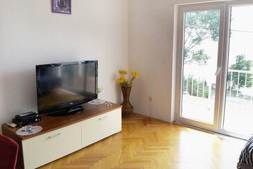 Duće, Living room in the apartment, dostupna klima, dopusteni kucni ljubimci i WIFI.