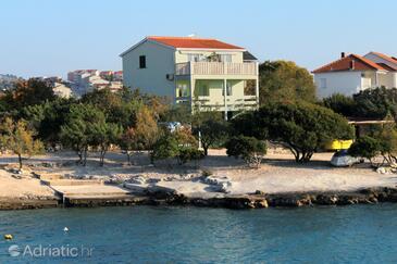 Rogoznica, Rogoznica, Property 4805 - Apartments near sea with pebble beach.