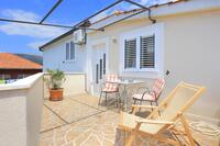 Apartments and rooms with parking space Trogir - 4814