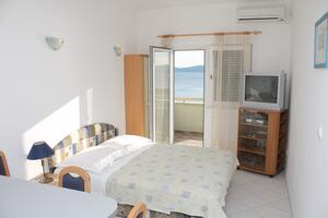 Apartments by the sea Pisak (Omiš) - 4815