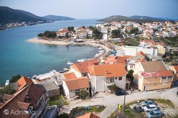 Grebaštica, Šibenik, Objekt 482 - Ubytování v blízkosti moře s oblázkovou pláží.