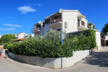 Rastići, Čiovo, Property 4823 - Apartments by the sea.