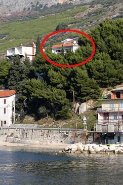 Sumpetar, Omiš, Objekt 4827 - Apartmaji v bližini morja s prodnato plažo.