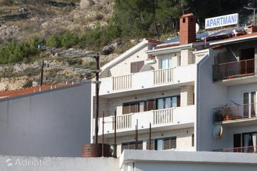 Duće, Omiš, Property 4830 - Apartments with sandy beach.